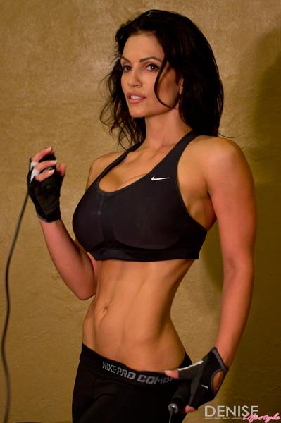 Denise Milani Workout My 1010